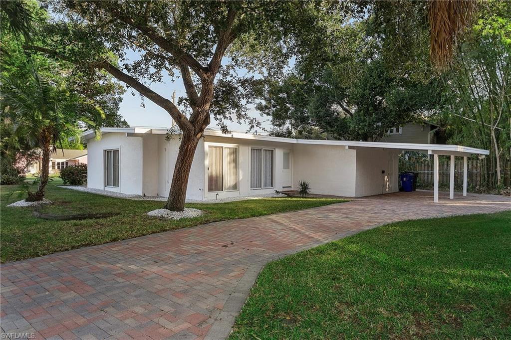 FORT MYERS Real Estate - View SW FL MLS #216044523 at 3826 Harold Ave in HAROLD AVE SUBD at HAROLD AVE SUBD
