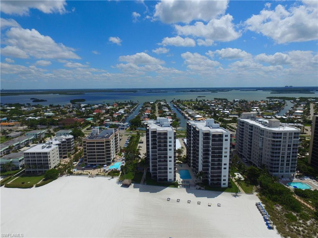 SW Florida Real Estate - View SW FL MLS #220004254 at 6610 Estero Blvd 123 in ISLAND WINDS CONDO in FORT MYERS BEACH, FL - 33931