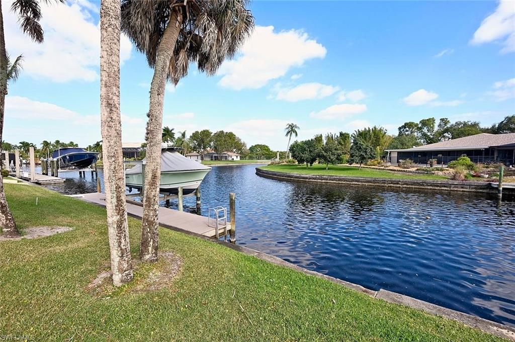 PALMETTO POINT Real Estate - View SW FL MLS #220004974 at 6738  Griffin Blvd in PALMETTO POINT in FORT MYERS, FL - 33908