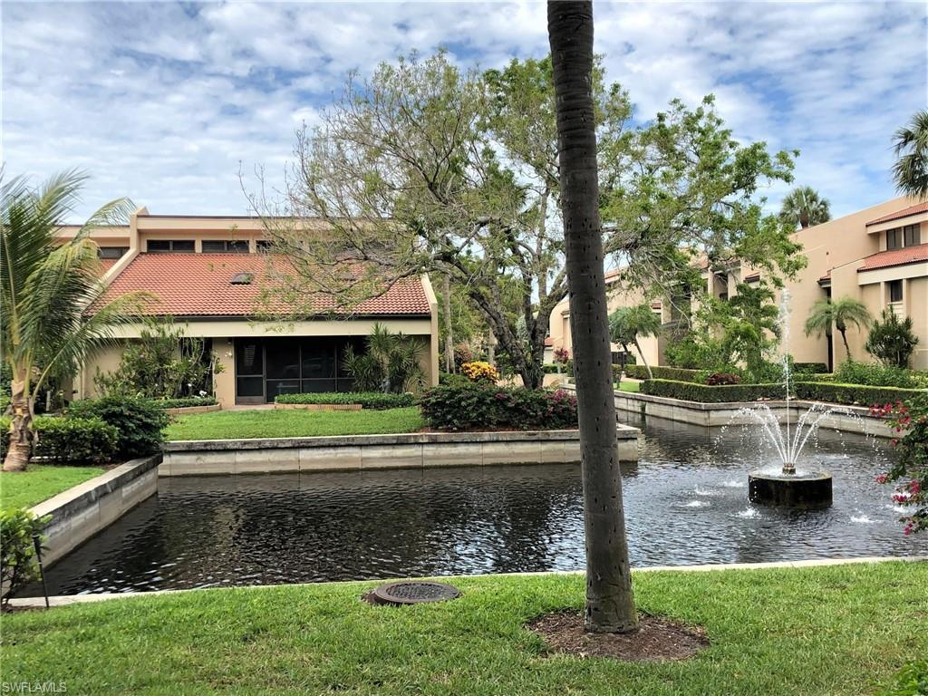 THE LANDINGS Real Estate - View SW FL MLS #220005665 at 4841 Springline Dr in HARBORTOWN in FORT MYERS, FL - 33919