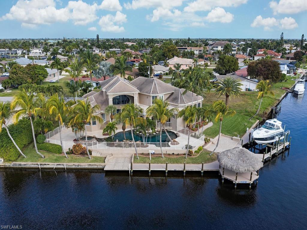 SW Florida Home for Sale - View SW FL MLS Listing #220006978 at 1814 Se 44th St in CAPE CORAL, FL - 33904