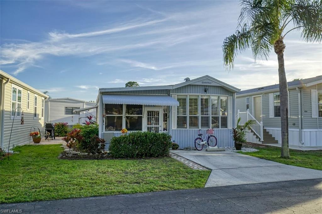 ESTERO Real Estate - View SW FL MLS #220009622 at 4551 Washington Way E in RIVERWOODS PLANTATION at RIVERWOODS PLANTATION