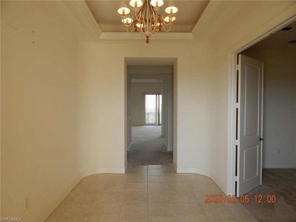 RIVA DEL LAGO Home for Sale - View SW FL MLS #220010465 at 14300 Riva Del Lago Dr Ph31 in RIVA DEL LAGO in FORT MYERS, FL - 33907