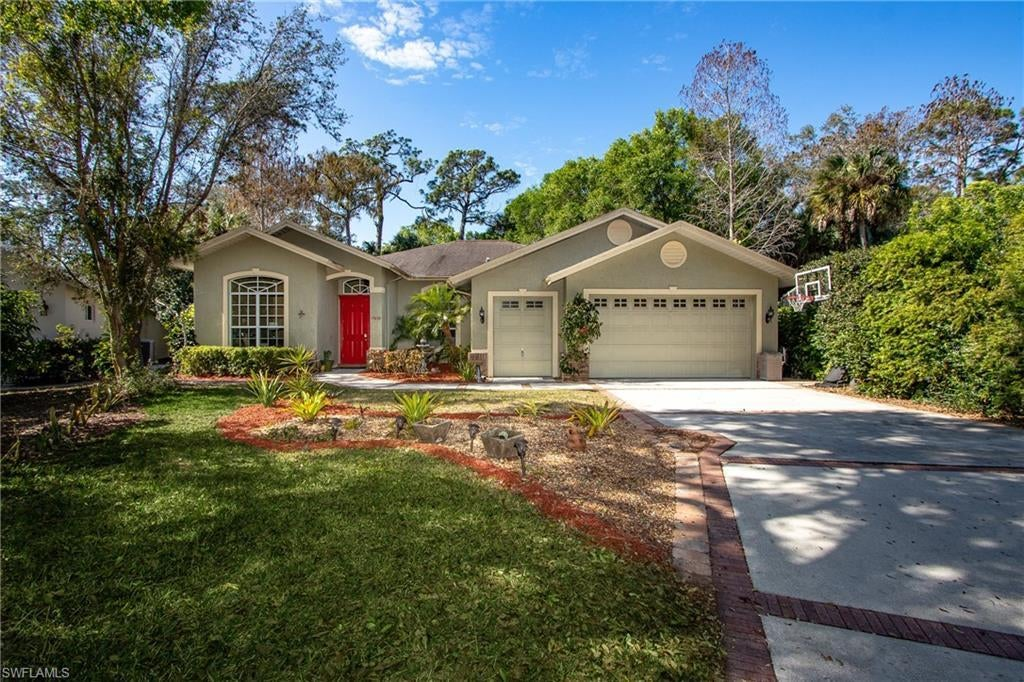 FORT MYERS Home for Sale - View SW FL MLS #220008678 in LAUREL OAKS