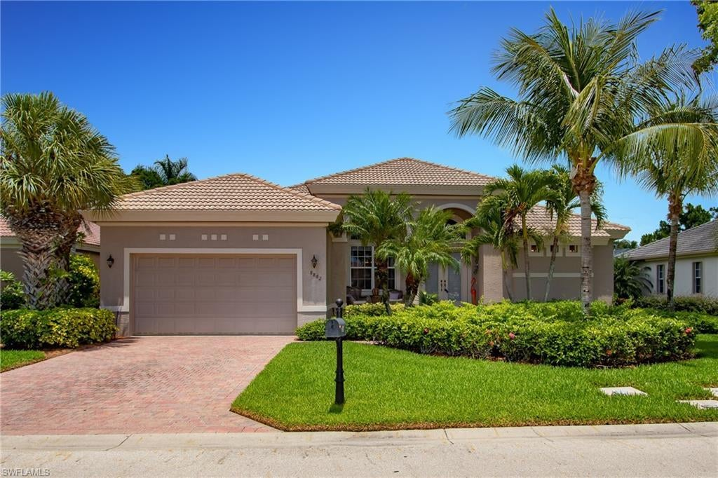 SW Florida Real Estate - View SW FL MLS #220012414 at 8882 Crown Colony Blvd in CROWN COLONY in FORT MYERS, FL - 33908