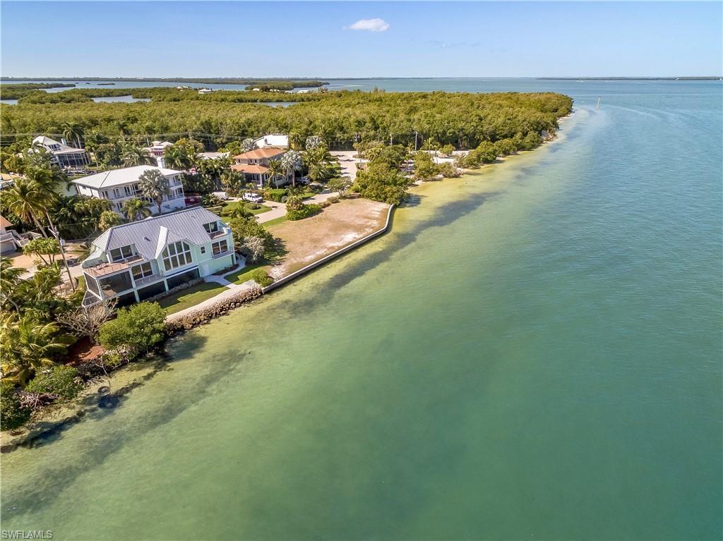 SW Florida Home for Sale - View SW FL MLS Listing #220012300 at 1558 San Carlos Bay Dr in SANIBEL, FL - 33957
