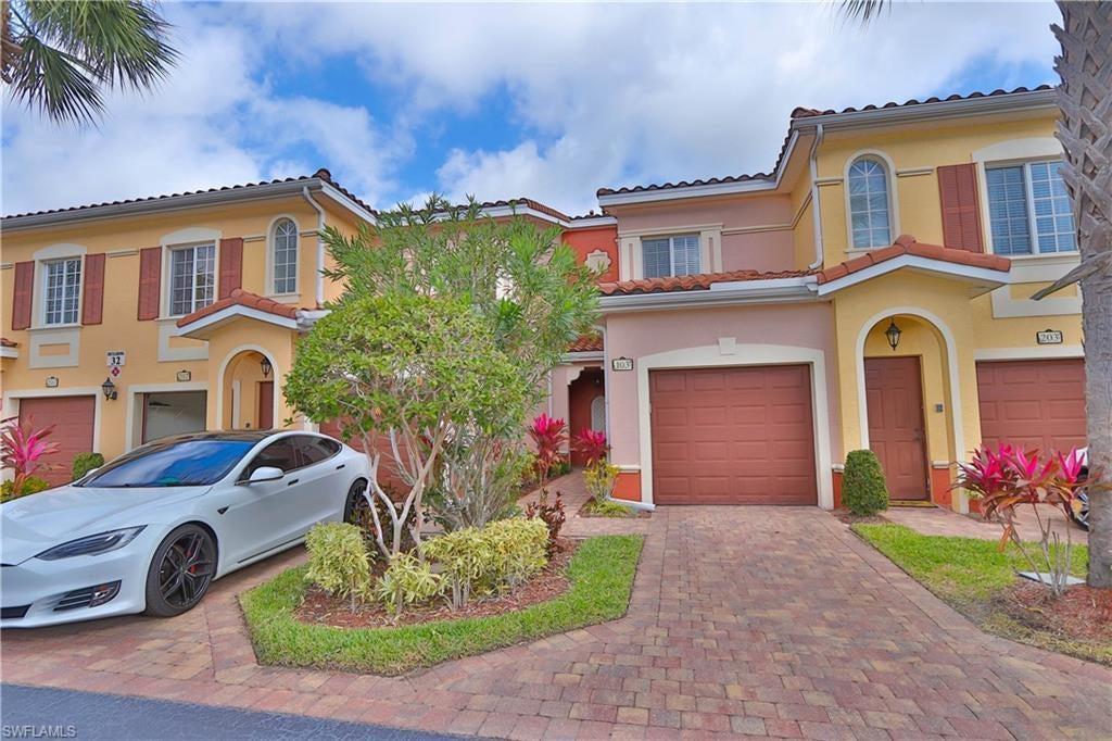 VILLAGIO Home for Sale - View SW FL MLS #220013328 at 20251 Royal Villagio Ct 102 in VILLAGIO in ESTERO, FL - 33928