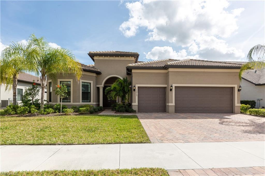THE PLANTATION Real Estate - View SW FL MLS #220012234 at 12909 Hadley Ct in SOMERSET in FORT MYERS, FL - 33913