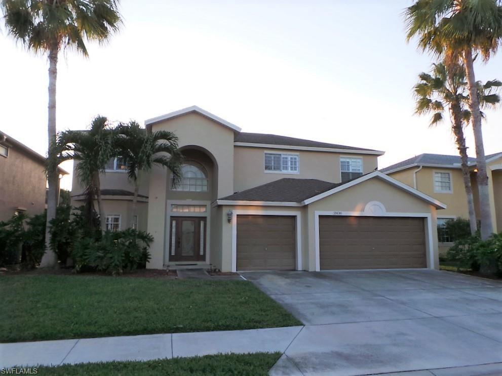 STONEYBROOK Home for Sale - View SW FL MLS #220015119 at 21438 Sheridan Run in STONEYBROOK in ESTERO, FL - 33928