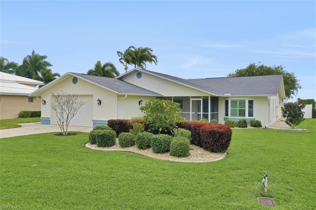 SW Florida Real Estate - View SW FL MLS #220014172 at 260  Bayshore Dr in CAPE CORAL in CAPE CORAL, FL - 33904