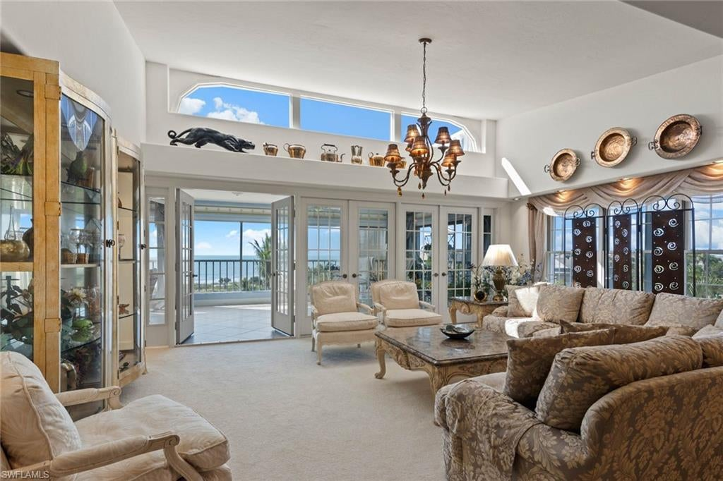 SW Florida Home for Sale - View SW FL MLS Listing #220013805 at 999 E Gulf Dr 322 in SANIBEL, FL - 33957