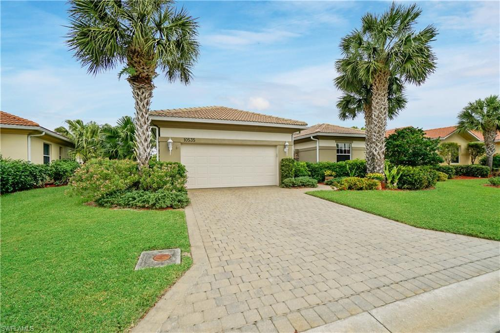 SW Florida Real Estate - View SW FL MLS #220018293 at 10535 Bellagio Dr in PELICAN PRESERVE in FORT MYERS, FL - 33913