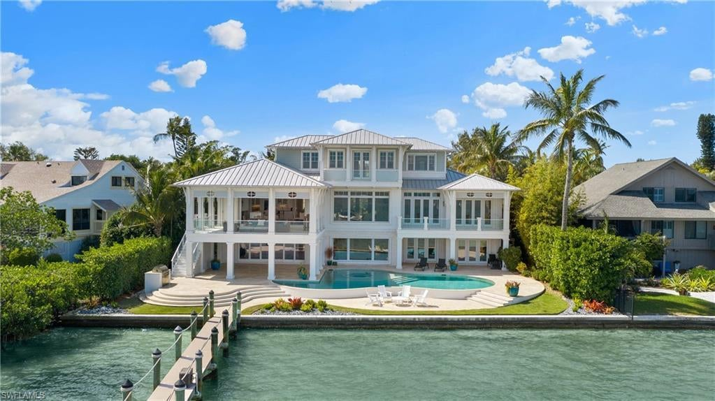 SW Florida Home for Sale - View SW FL MLS Listing #220019253 at 15261 Captiva Dr in CAPTIVA, FL - 33924
