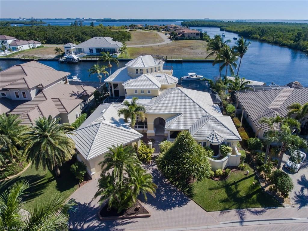 SW Florida Home for Sale - View SW FL MLS Listing #220020706 at 1518 Hermitage Ln in CAPE CORAL, FL - 33914