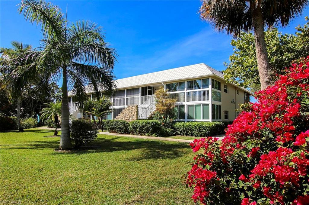 CAPTAINS WALK Real Estate - View SW FL MLS #220020995 at 561 Periwinkle Way E8 in CAPTAINS WALK in SANIBEL, FL - 33957