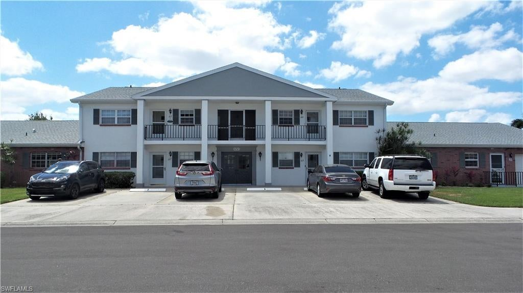 FORT MYERS Real Estate - View SW FL MLS #220023827 at 8791  Rose Ct  6 in CYPRESS LAKES MANOR SOUTH at CYPRESS LAKES MANOR SOUTH