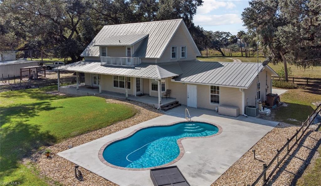 ALVA Real Estate - View SW FL MLS #221010725 at 19500 Armeda Rd in ALVA in ALVA, FL - 33920