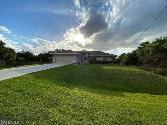 SW Florida Home for Sale - View SW FL MLS Listing #221015524 at 6035 Joplin Ave in FORT MYERS, FL - 33905