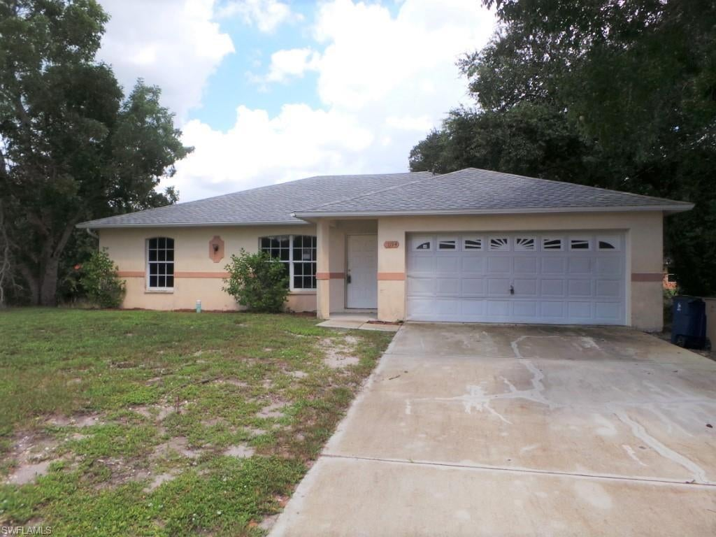 SW Florida Real Estate - View SW FL MLS #220023674 at 1094 Alabama Rd S in MIRROR LAKES in LEHIGH ACRES, FL - 33974