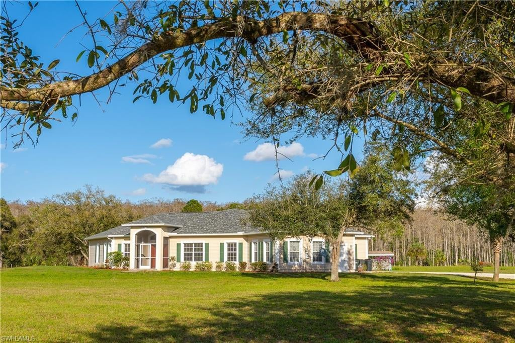 SW Florida Home for Sale - View SW FL MLS Listing #221017071 at 18021 Misty Morning Ln in FORT MYERS, FL - 33913