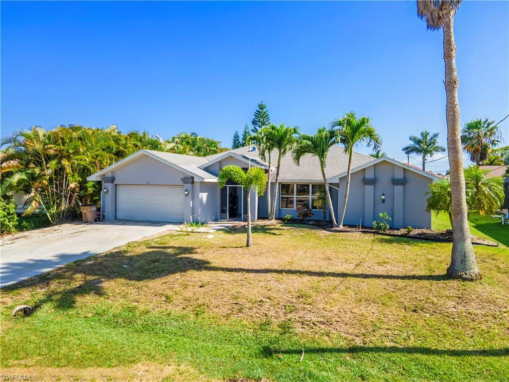 CAPE CORAL Real Estate - View SW FL MLS #221017243 at 2702 Sw 53rd Ln in CAPE CORAL in CAPE CORAL, FL - 33914