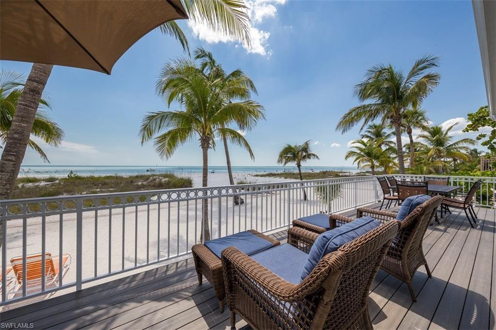 SW Florida Real Estate - View SW FL MLS #221021290 at 5830 Estero Blvd in MCPHIE PARK in FORT MYERS BEACH, FL - 33931