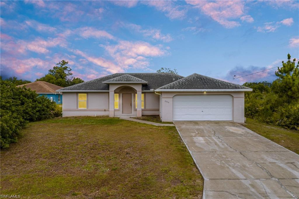 LEHIGH ACRES Real Estate - View SW FL MLS #221025433 at 2004 W 15th St in LEHIGH ACRES at LEHIGH ACRES