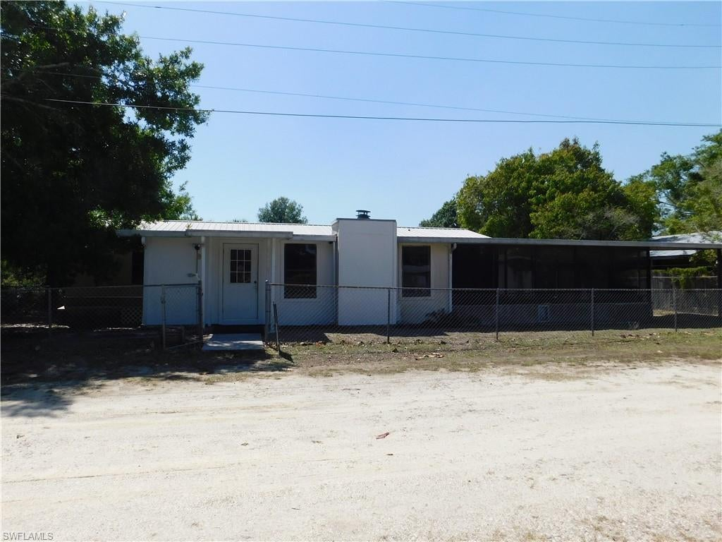 OKEECHOBEE Real Estate - View SW FL MLS #221027962 at 1060 Teal Harbor Ln in LAKEPORT at LAKEPORT