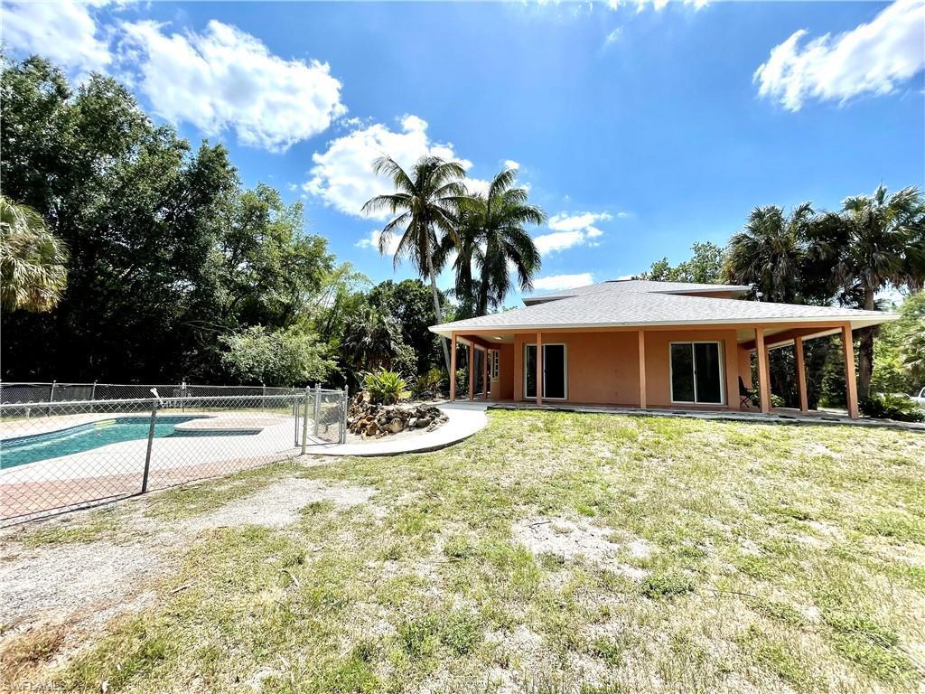 NAPLES Home for Sale - View SW FL MLS #221038219 in GOLDEN GATE ESTATES