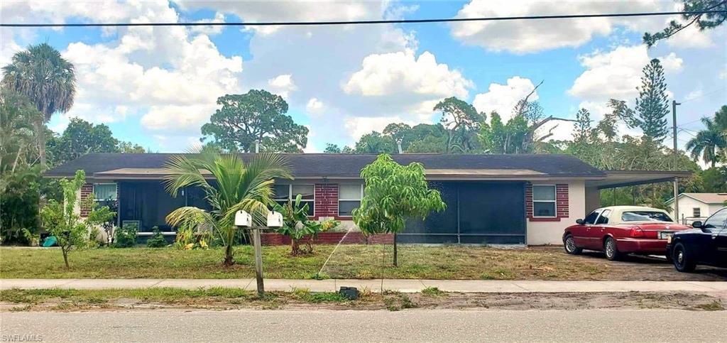 JEFFCOTTS WM ADD RESUB Home for Sale - View SW FL MLS #221039807 at 2705/2709 Grand Ave in JEFFCOTTS WM ADD RESUB in FORT MYERS, FL - 33901