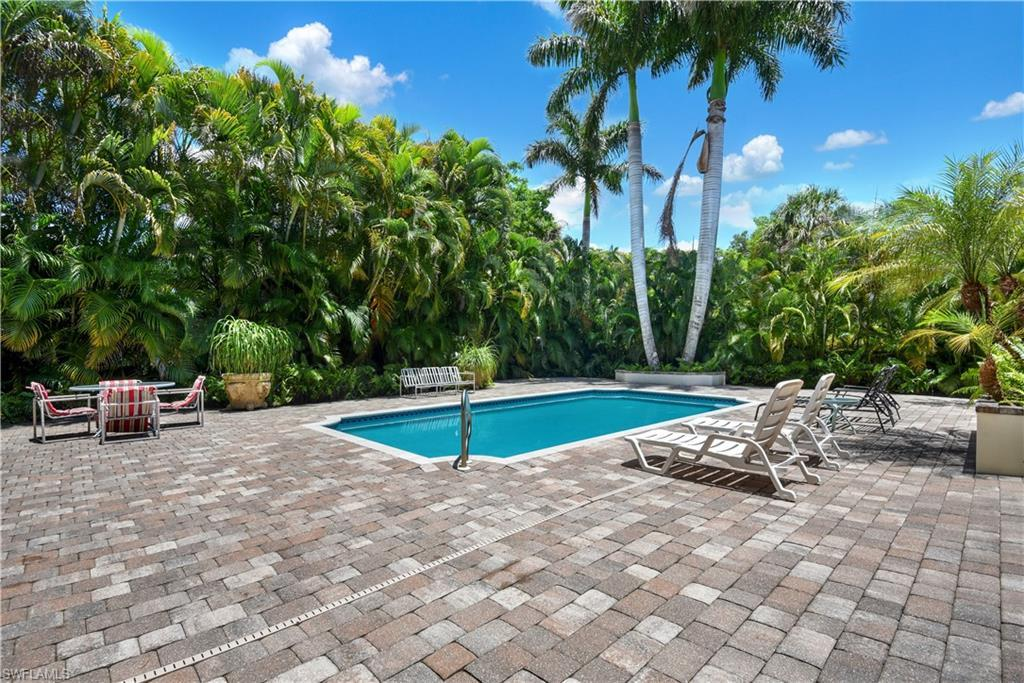 NAPLES Home for Sale - View SW FL MLS #221046950 in ROCK HARBOR