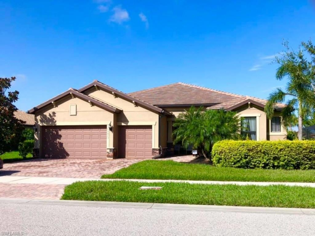 FORT MYERS Home for Sale - View SW FL MLS #221050223 in THE PLANTATION