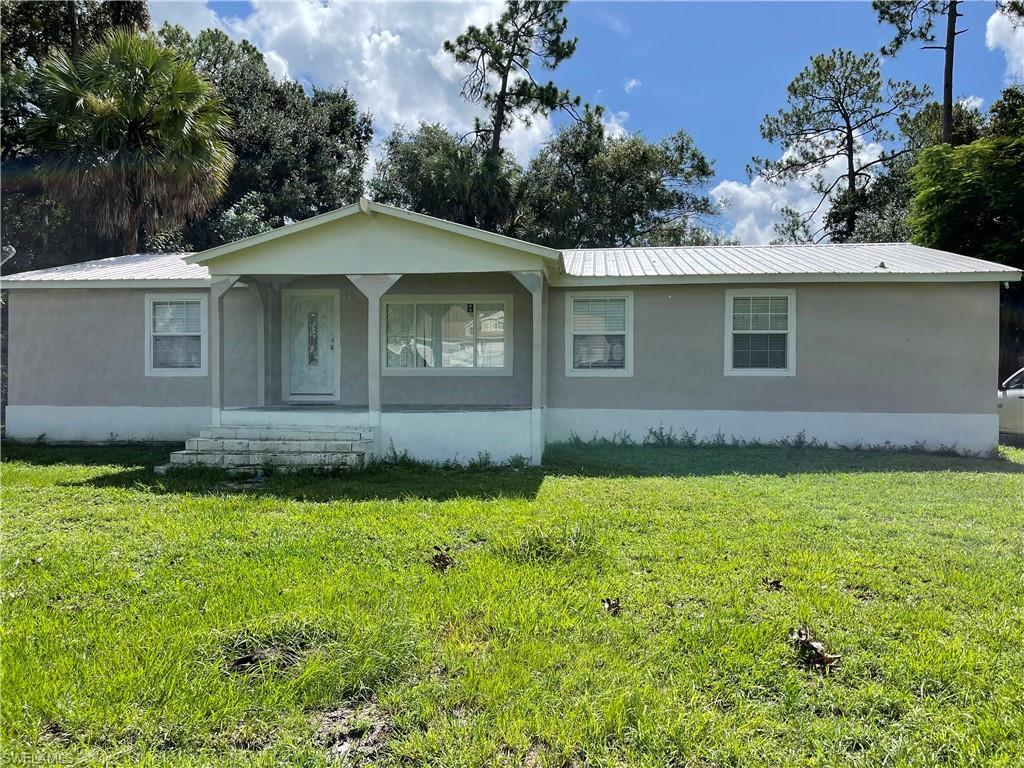 GREENWOOD FOREST Home for Sale - View SW FL MLS #221051401 at 1455 Forest Ln in GREENWOOD FOREST in CLEWISTON, FL - 33440