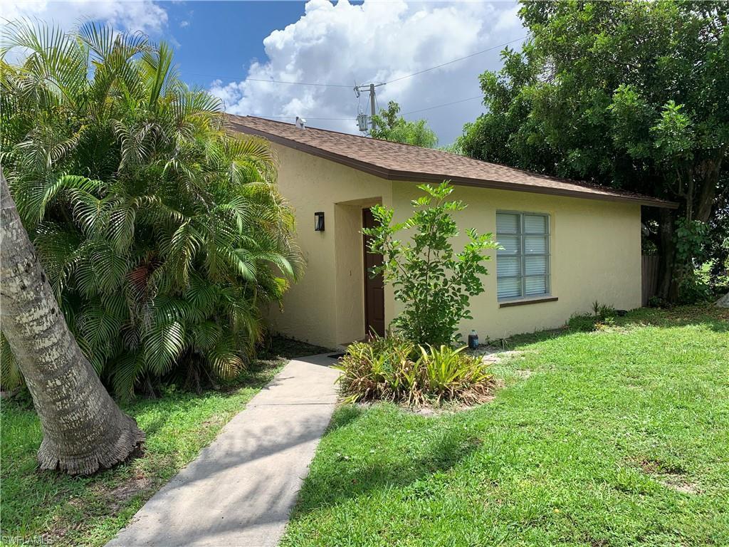 SW Florida Real Estate - View SW FL MLS #221052891 at 718 Se 46th Ln 102 in CORONADO COURT CONDO in CAPE CORAL, FL - 33904