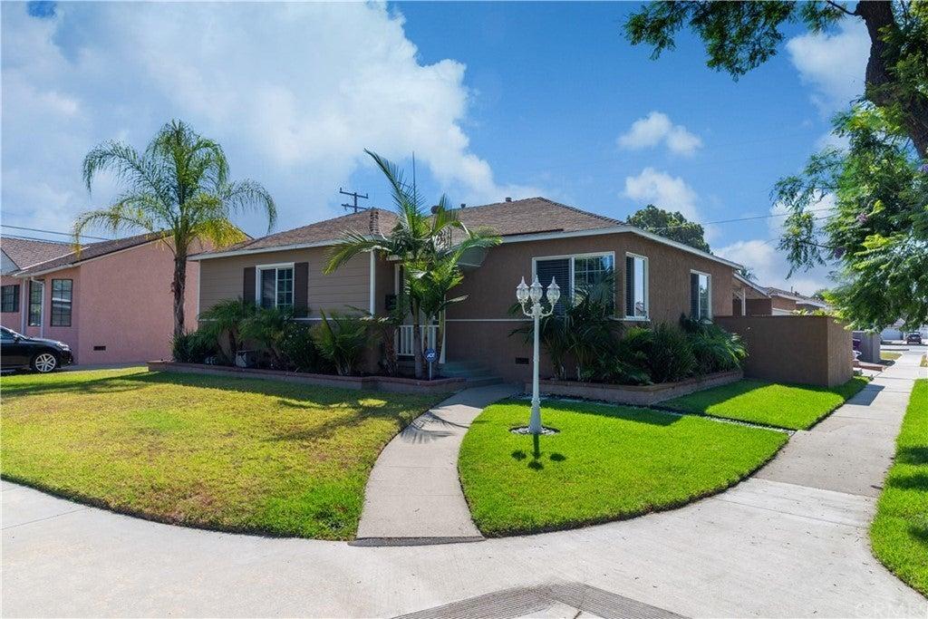 3802 Alberan Avenue, Long Beach