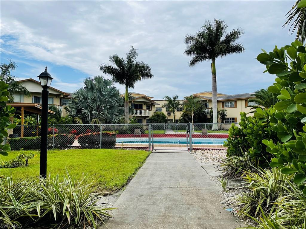 WINDSOR WEST Real Estate - View SW FL MLS #221057302 at 3704 Broadway 207 in WINDSOR WEST in FORT MYERS, FL - 33901