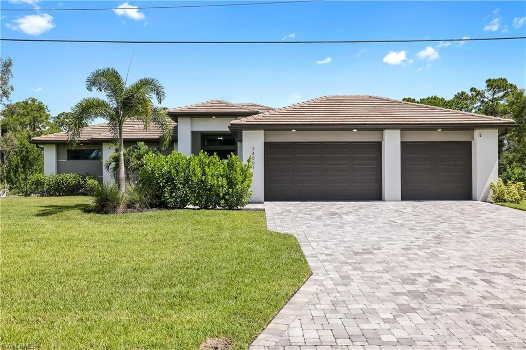 FORT MYERS Real Estate - View SW FL MLS #221058294 at 14061 Barkwood St in BUCKINGHAM PARK at BUCKINGHAM PARK