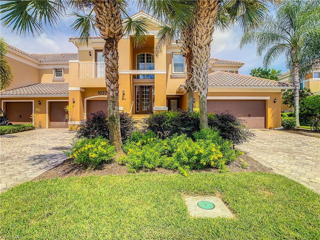 THE PLANTATION Real Estate - View SW FL MLS #221064572 at 10370 Glastonbury Cir 202 in SOMERSET in FORT MYERS, FL - 33913