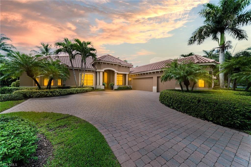 GRANDE ESTATES Home for Sale - View SW FL MLS #221064964 at 19895 Markward Crcs in GRANDEZZA in ESTERO, FL - 33928