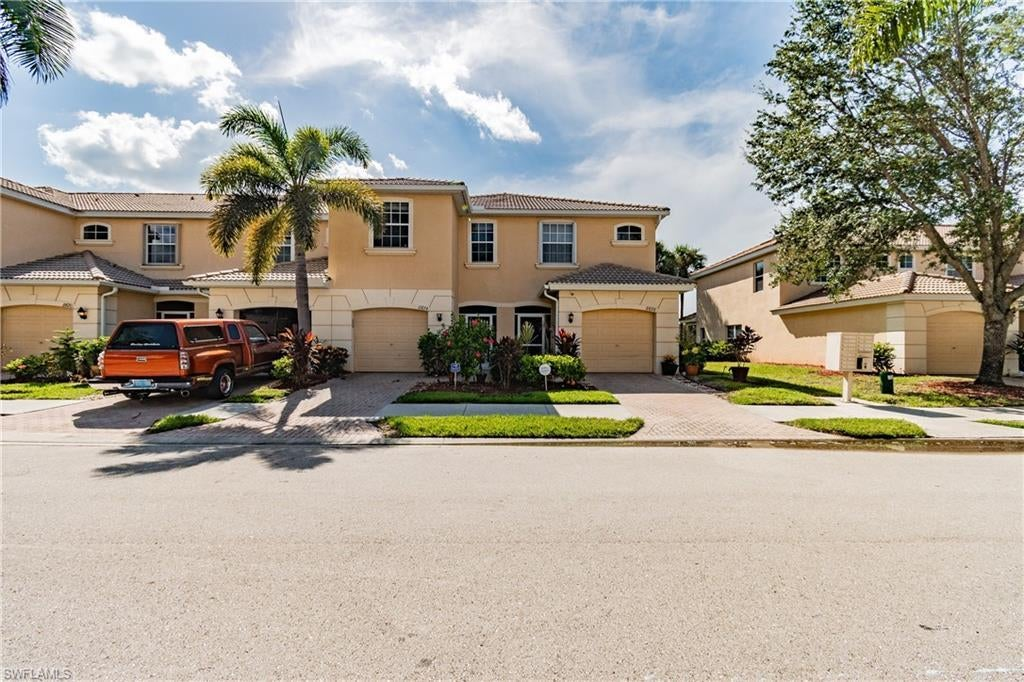 OLYMPIA POINTE Real Estate - View SW FL MLS #221065577 at 8674 Athena Ct in OLYMPIA POINTE in LEHIGH ACRES, FL - 33971