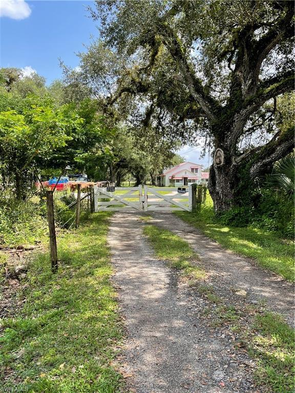 SW Florida Real Estate - View SW FL MLS #221065681 at 1386 N Sr 29 N in LABELLE in LABELLE, FL - 33935