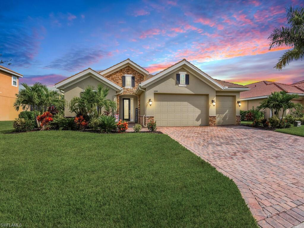 SW Florida Home for Sale - View SW FL MLS Listing #221066437 at 13391 Seaside Harbour Dr in NORTH FORT MYERS, FL - 33903