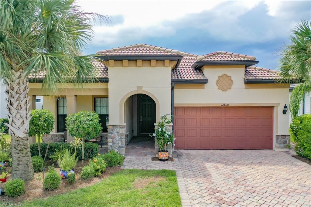 SOMERSET Home for Sale - View SW FL MLS #221066650 at 12820 Epping Way in THE PLANTATION in FORT MYERS, FL - 33913