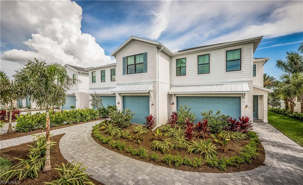 NAPLES Real Estate - View SW FL MLS #221066768 at 12940 Pembroke Dr in HAMILTON PLACE at HAMILTON PLACE