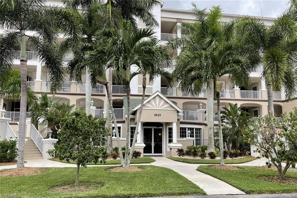 FORT MYERS Home for Sale - View SW FL MLS #221066922 in LEXINGTON COUNTRY CLUB