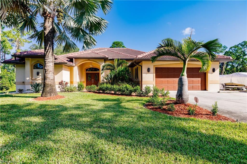 PORT CHARLOTTE Real Estate - View SW FL MLS #221072934 at 3085 Sudbury St in PORT CHARLOTTE in PORT CHARLOTTE, FL - 33948