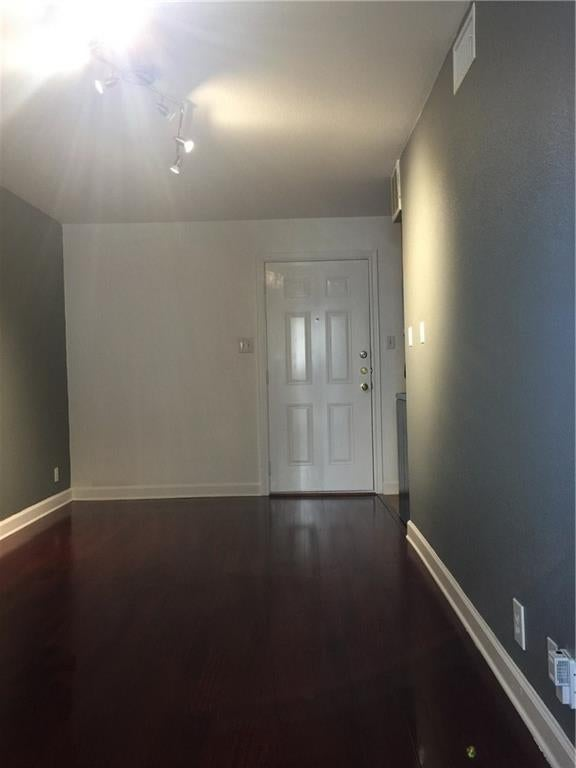 Photo of Listing #1498155
